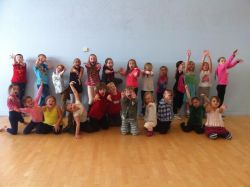 Junior Musical Theatre (Ages 7-11)